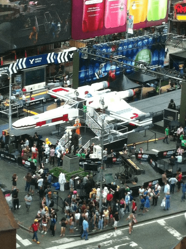 X-Wing Fighter LEGO NY