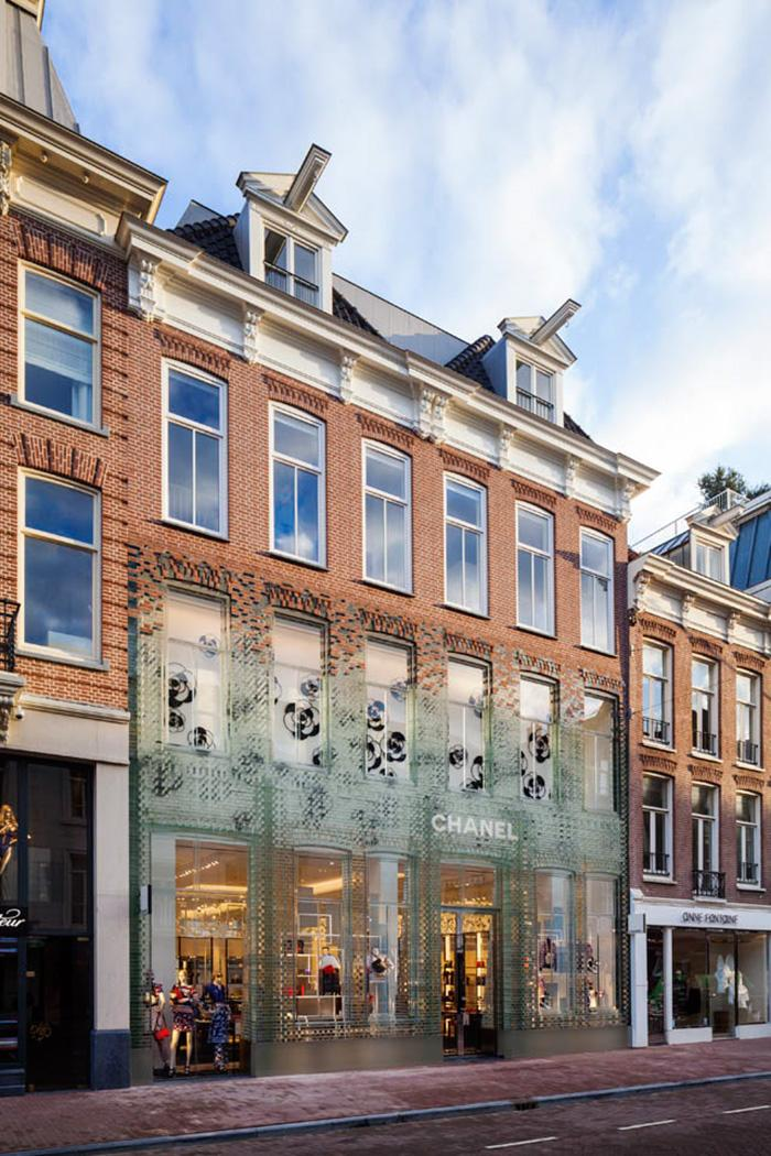 crystal-houses-chanel-store-mvrdv-glass-facade-amsterdam-4